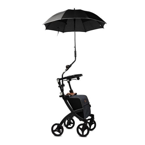Rollz Flex paraplu bevestigd aan het frame van een zwarte rollator